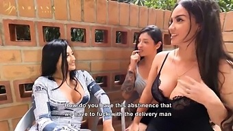 Mariana Martix And Her Friends Colombians Kourtney Love & Salome Gil Fuck Rappi'S Delivery Man At A Motel Party